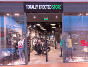 sale retailer 447ce 47e4f Totally Erected Store - Armani jeans - Shops - Paradise Center