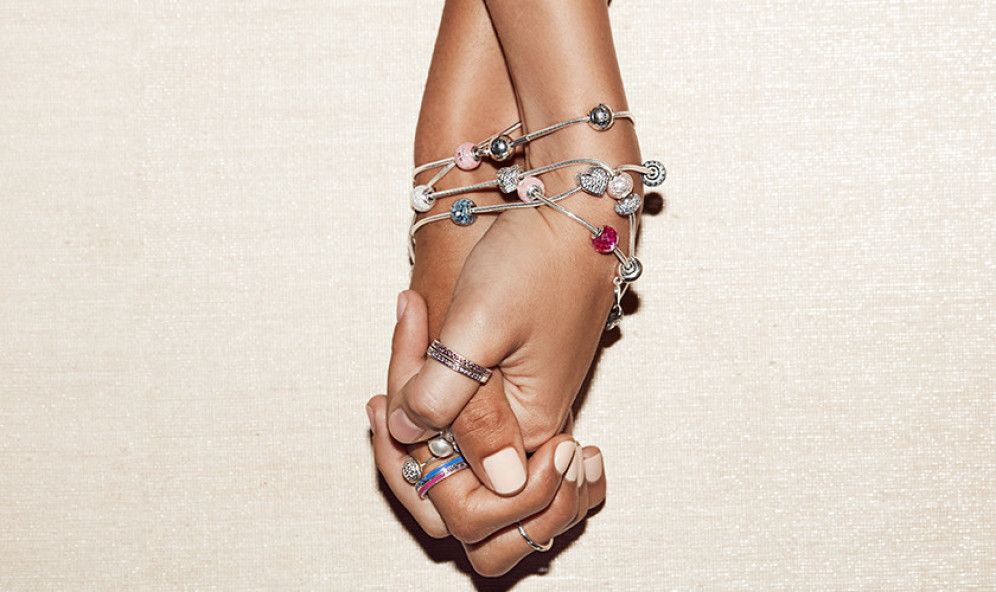 снимка: Pandora с почит към приятелството