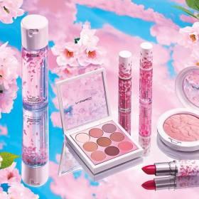 Снимка: Уникалната колекция Boom Boom Bloom на M·A·C Cosmetics е вече тук.