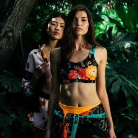 Снимка: #PUMAxSueTsai collection. Когато модата и природата се свързват.