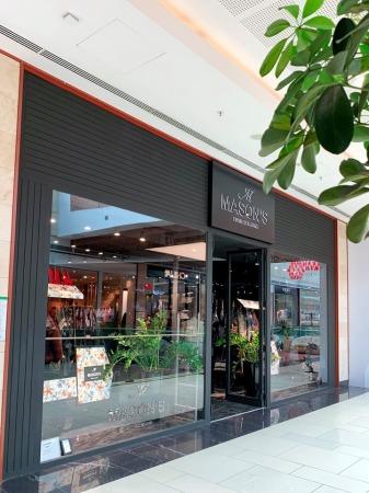 Снимка: Заповядайте в обновения магазин на Mason's