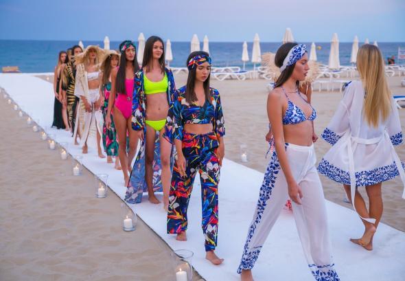 снимка: Cliché Runway Summer Fashion Show