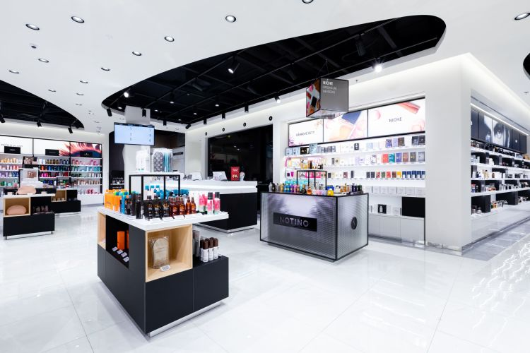 Picture: On 30.  8. 2019 will open a new branch of Notino, the largest online perfume and cosmetics retailer in Europe