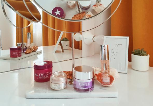 снимка: Подготви кожата си за есента и зимата с продуктите на SHISEIDO, GLAMGLOW и Clinique.