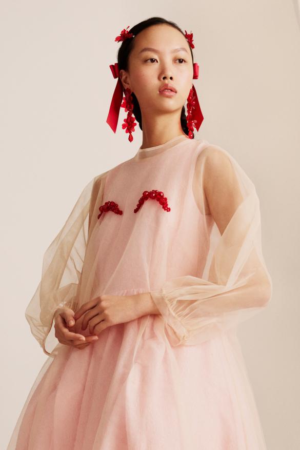 снимка: Добре дошли в рая: Simone Rocha x H&M - Lookbook